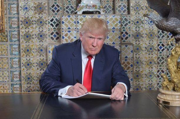 Trump kertoi kirjoittaneensa puheensa kolme viikkoa sitten huvilallaan Floridassa.