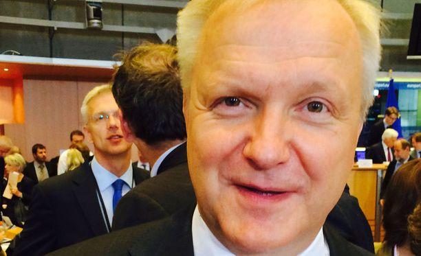 Olli Rehn antoi tyydyttävän arvosanan Kataiselle.