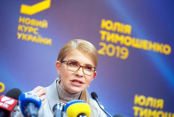 Julija Tymoshenkolla on pitkä poliittinen ura takanaan. Siihen kuului myös aika vankilassa.