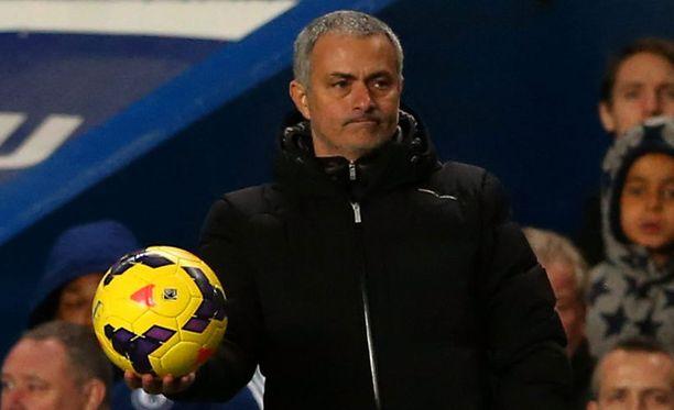 José Mourinhon Chelsea kohtaa tänään Arsenalin.