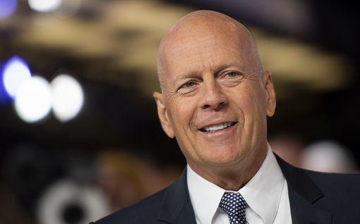 Bruce Willis vaatii tytärtään synnyttämään pojan