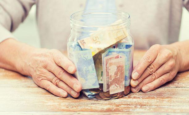 Finanssivalvonta havaitsi Reka eläkekassan toiminnassa lainminlyöntejä. Kuvituskuva.