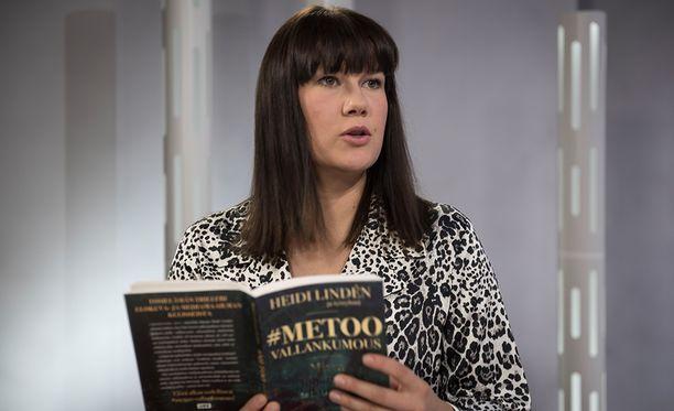 Heidi Lindén kokosi suomalaisnaisten kertomukset kirjaksi.