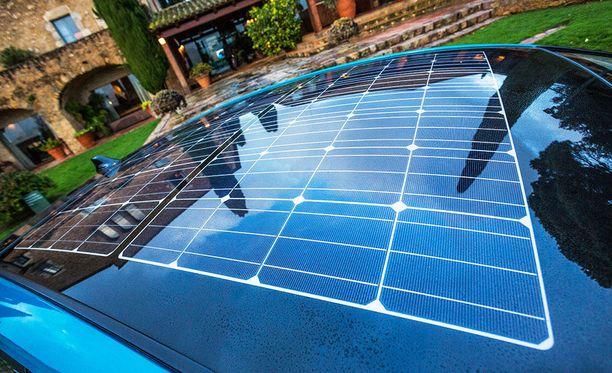 Solar-varustetason aurinkopaneelilla saa jopa 5 kilometrin edestä ajomatkaa päivässä.