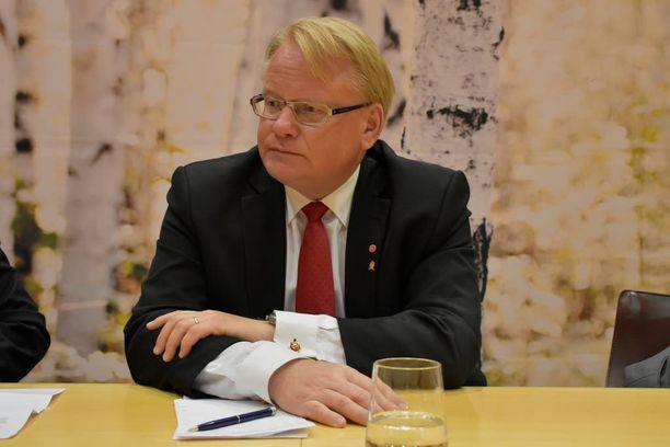 Ruotsin puolustusministeri Peter Hultqvist kuuluu Ruotsin sosiaalidemokraatteihin. Hultqvistin mukaan Ruotsin sosiaalidemokraattisen puolueen Nato-kanta ei ole muuttunut.