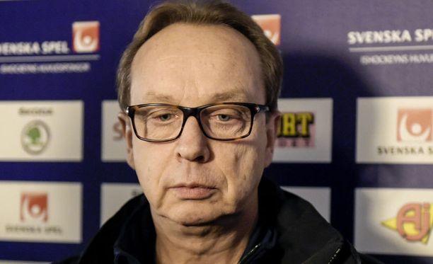 Pär Mårtsin mielestä katsojien pitäisi saada lipun hinta takaisin.