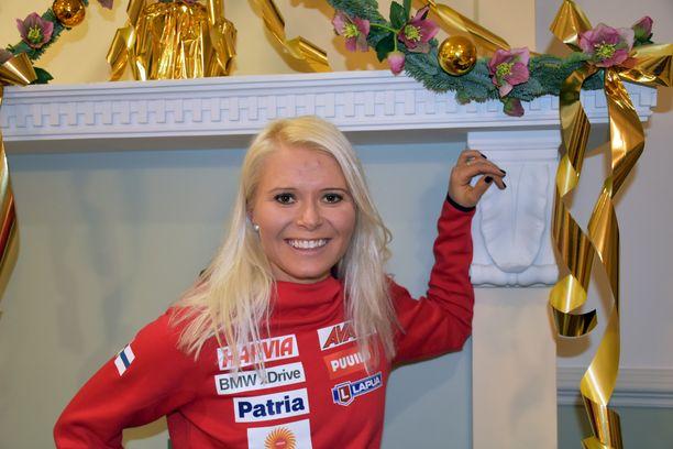 Mari Eder haluaisi jouluna rauhoittua lapsuutensa maisemissa Enossa mökillä, mutta huippu-urheilijan pitää treenata ladulla pyhinäkin.