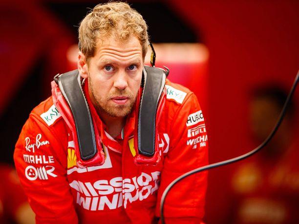Sebastian Vettel arvosti suuresti Niki Laudaa, vaikka tämä työskenteli elämänsä viimeiset vuodet kilpailijatallin riveissä.