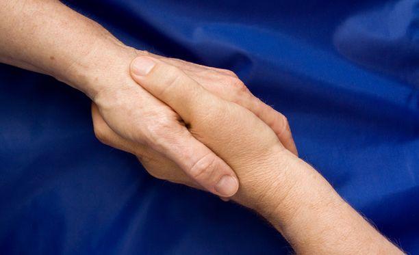 Halvaantuneessa kädessä ei ole puristusvoimaa.