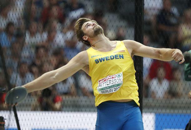 Simon Pettersson rikkoi perjantaina olympiarajan, mutta tulos tuli liian myöhään.