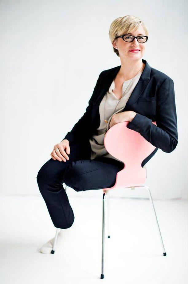 Katja Ståhl halusi tehdä haastatteluohjelman rakkaudesta.