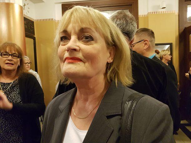 Irina Milan laulaa pääosaa, ja on vuorossa heti lauantaina. - Ihanaa olla 70-vuotias, tuore päivänsankari totesi.