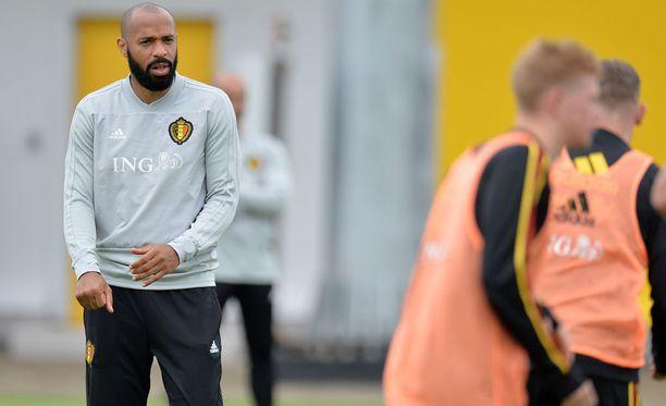 Thierry Henry kohtaa Belgian vaihtopenkiltä MM-välierässä kotimaansa Ranskan.