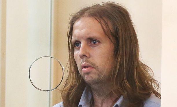 Michael McCarthy oli Bellan äidin mukaan pitänyt tytärtä riivattuna.