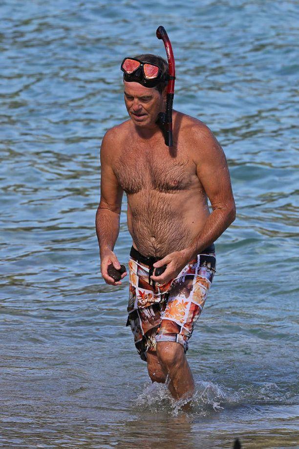 Pierce Brosnan käväisi snorklaamassa.