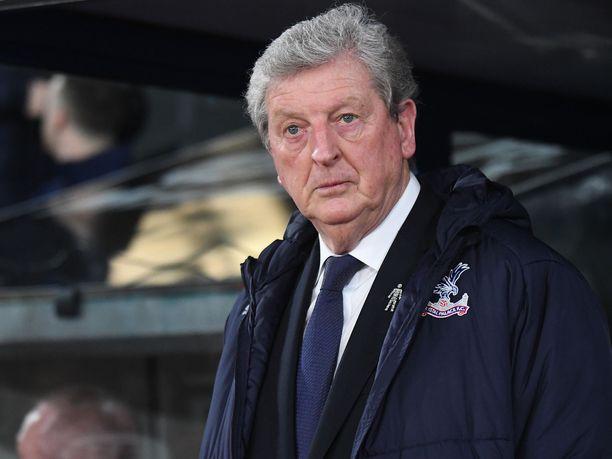 Roy Hodgson ei nähnyt Roberto Carlosin vahvuuksia laitapakin tontilla.