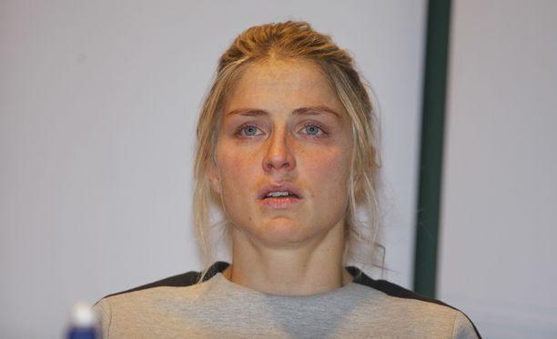 Therese Johaugin saama kohtelu on ollut normaalista poikkeavaa.