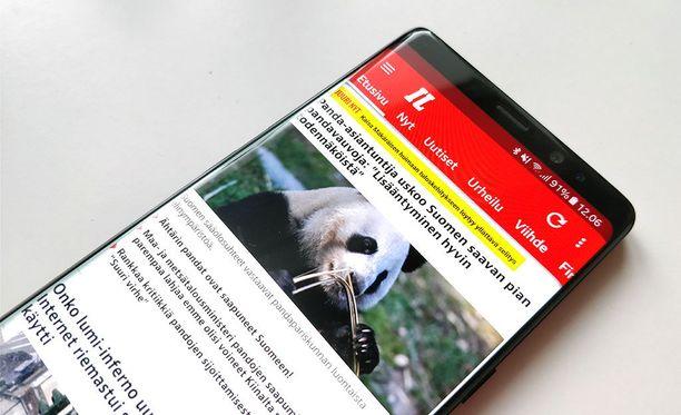 Samsung Galaxy Note 8 -puhelin ei näytä välttämättä kaikkia uutisilmoituksia.