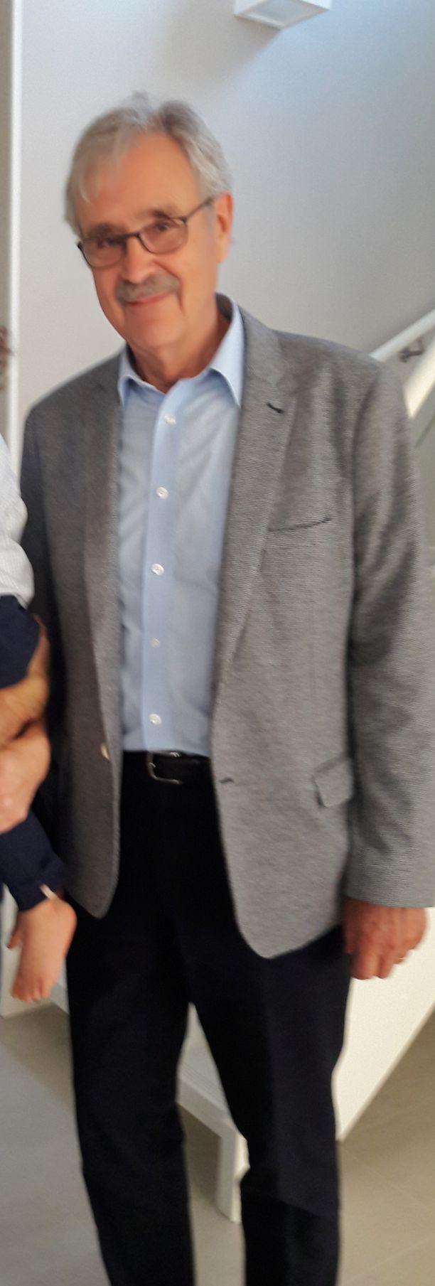 Ilkka Pere on entinen Korkeimman hallinto-oikeuden tuomari.