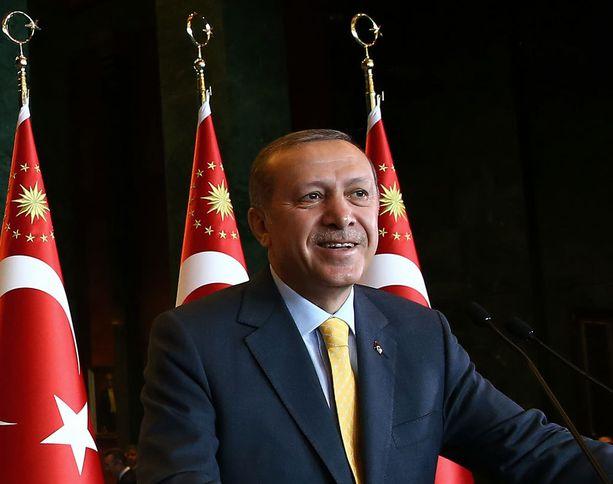 Presidentti Erdogan haluaa lisää valtaa.