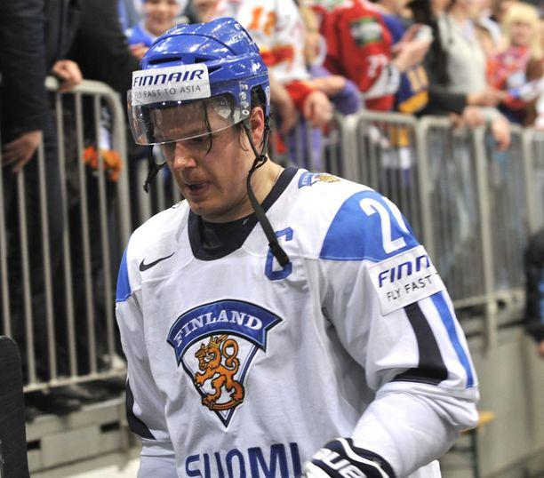 Sami Kapasen viimeinen ottelu päättyi tappioon Tshekille MM-kisojen puolivälierissä.