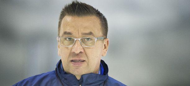 Ari-Pekka Selin palaa Barys Astanaan.