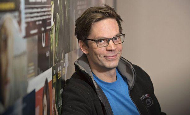 Näyttelijä Mikko Nousiainen kertoo olevansa helposti addiktoituvaa sorttia.