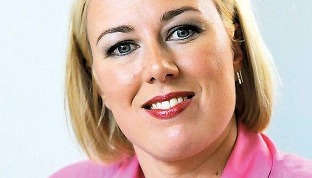 Jutta Urpilainen sivuutti SDP:n valtuustossa eilen vaalitappion tarjoten Obama-retoriikkaa ja unelmia.