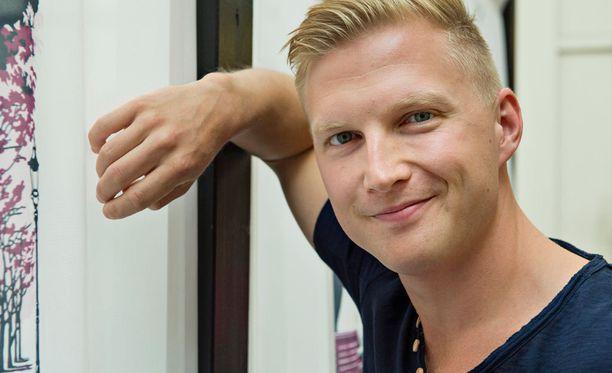 Iltalehti tapasi Hottikset-sarjan tähdet perjantaina Helsingin Apollo-ravintolassa.