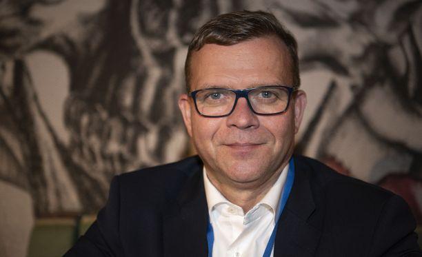 Petteri Orpo ennustaa, että myös nykyisen hallituksen sotemalli ei tule olemaan läpihuutojuttu eduskunnan perustuslakivaliokunnan tiukassa syynissä.
