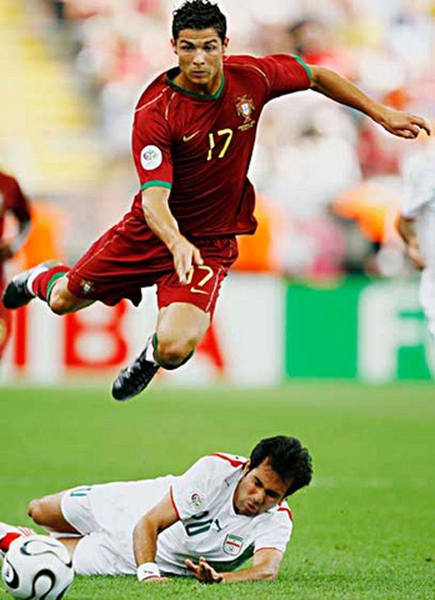 Portugalin 21-vuotias Cristiano Ronaldo ja...