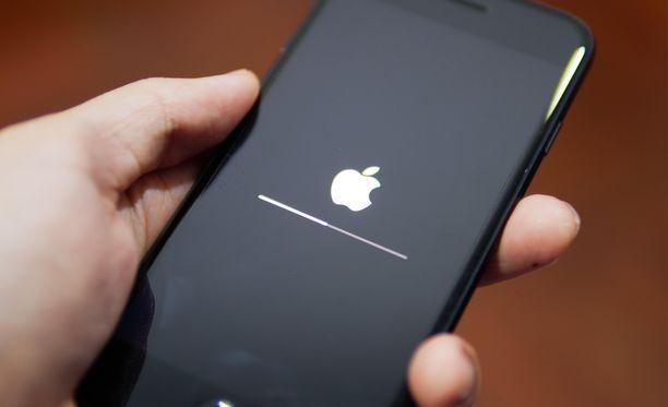 Apple-laitteet kannattaa päivittää mahdollisimman pian.