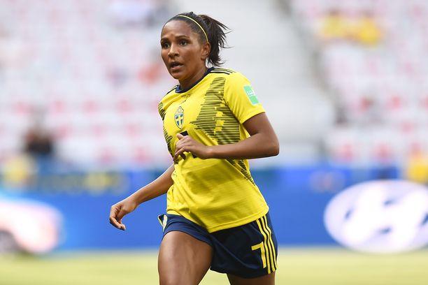 Madelen Janogy edusti Ruotsia edellisissä MM-kisoissa. Kaulaan ripustettiin pronssimitali.