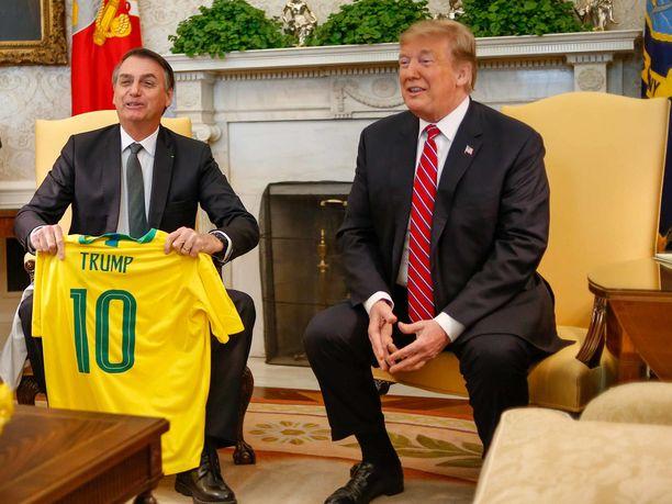 Brasilian presidentin, Jair Bolsonaron tiedetään ihailevan Yhdysvaltain presidenttiä Donald Trumpia.