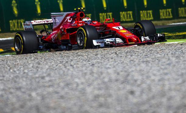 Kimi Räikkönen ei ollut tyytyväinen ajotuntumaansa.