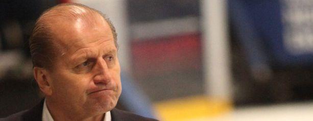 Juhani Tamminen ei jatka Sportin valmentajana.