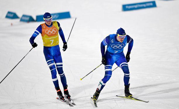 Sukupolvien kohtaaminen: Eero Hirvonen lähetti Hannu Mannisen viimeistä kertaa olympialadulle.