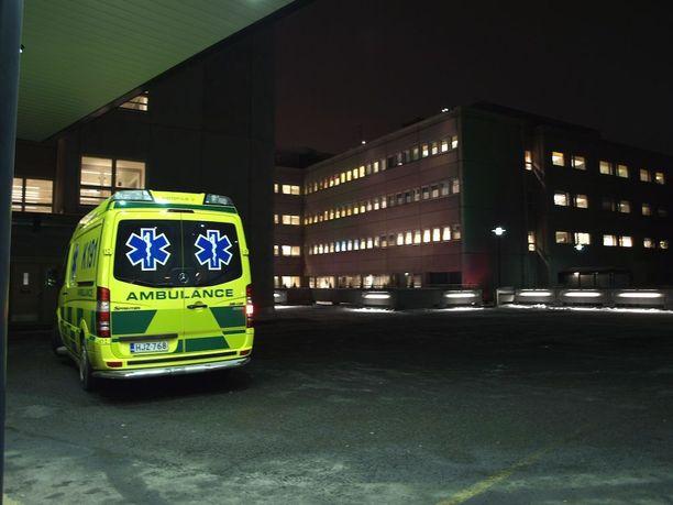 Nuori savolaisnainen tutkittiin tuoreeltaan Mikkelin keskussairaalassa. Häneltä otettiin myös näytteitä laboratoriotutkimuksia varten.