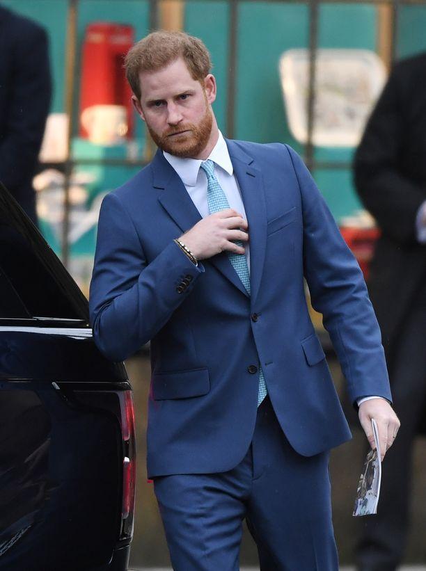 Prinssi Harryn väitetään joutuneen ikävän huijauksen kohteeksi.