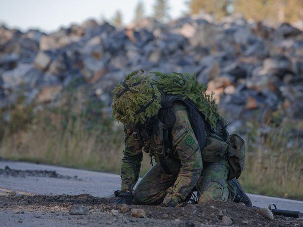 Puolustusvoimien harjoituksen ylilyönti johti rikossyytteisiin Keski-Suomessa. Kuvituskuva, ei liity tapaukseen.