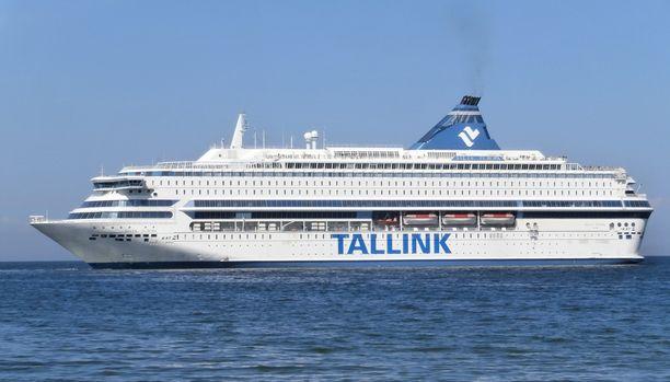 Silja Europa on Itämeren suurin matkustaja-autolautta. Hyttejä on 1 152.