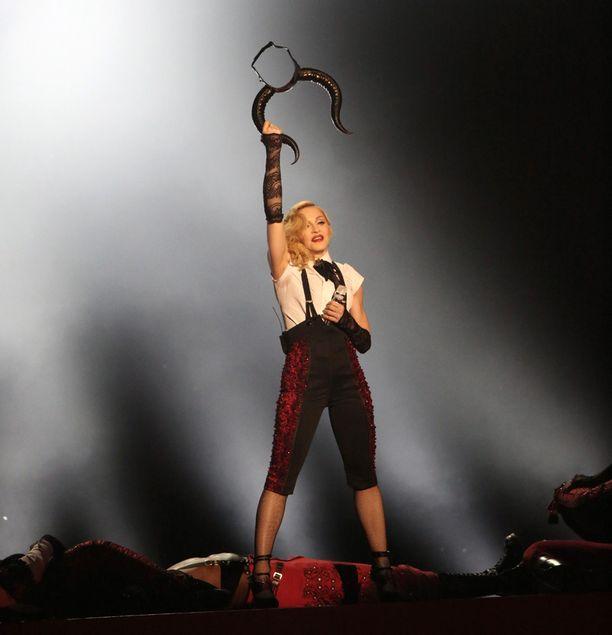 Madonnan esitys meni mönkään.