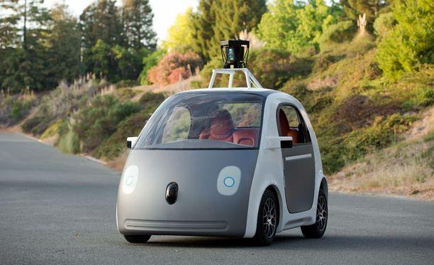 Google-auto on kiertänyt jo vuosia Kaliforniassa niin, ettei se ole tehnyt virheitä. Muutamia kolareita on tullut muiden autoilijoiden virheiden vuoksi.