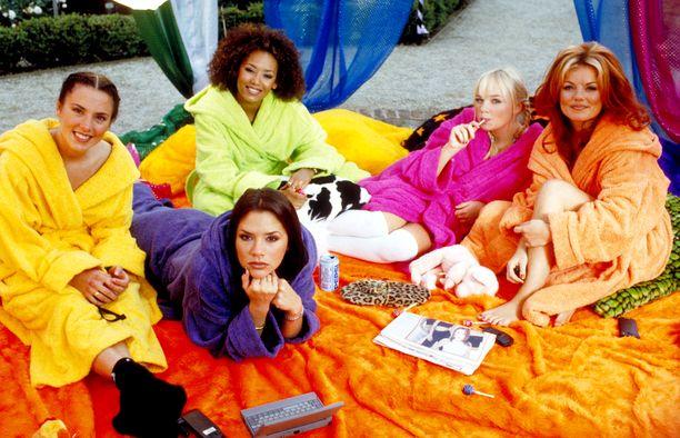 Tällaisina me heidät muistamme: Melanie Chisholm, Victoria Beckham, Melanie Brown, Emma Bunton ja Geri Halliwell vuonna 1997.