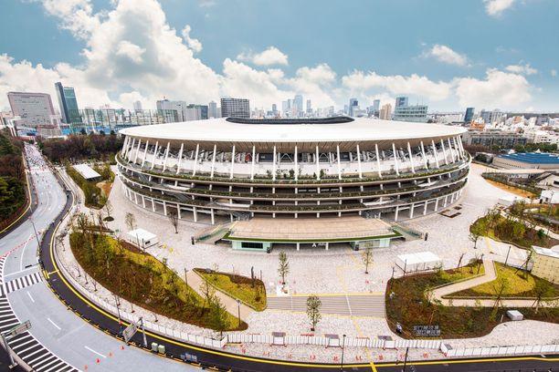 Uudella Kansallistadionilla on 68 000 istumapaikkaa. Yleisurheilukilpailuissa lehtereillä on näkynyt vain median edustajia. Kisojen jälkeen jättiareenalle on kaavailtu urheilu- ja kulttuuritapahtumia. Useita isoja tapahtumia on jo areenalle sovittuna.