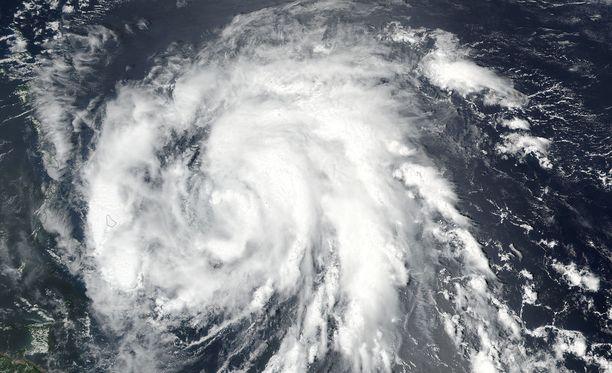 Hurrikaani Maria kuvattuna avaruudesta maanantaina.