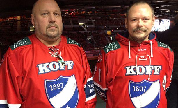 Ari Laukkanen ja Janne Yrjölä ovat kannattaneet HIFK:ta 1980-luvun alkupuolelta lähtien.