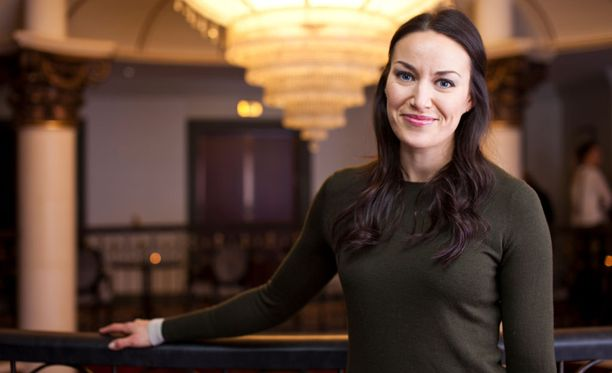 Jasmin näytteli Katariina Mäkelää Salatut Elämät -sarjassa.