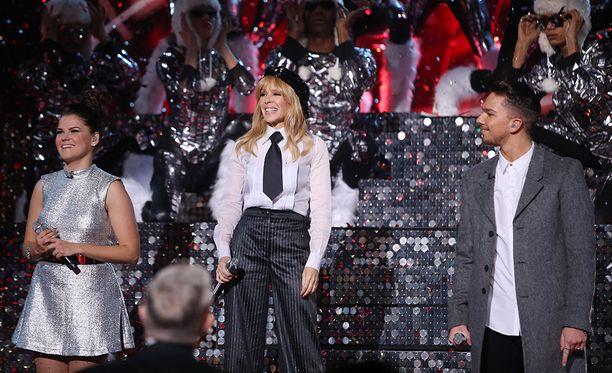 Saara Aalto, Kylie Minogue ja Matt Terry esiintyivät yhdessä finaalissa.