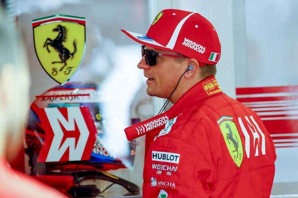 Kimi Räikkönen ei enää pidä Max Verstappenia yksinäisenä syyllisenä kohuttuun kolariin.